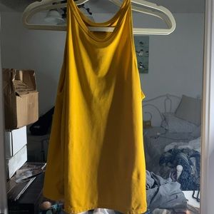 yellow workout tank top !!